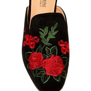Catherine Malandrino Shoes - 🌹Catherine Malandrino Rose Embroidered Flat Mules